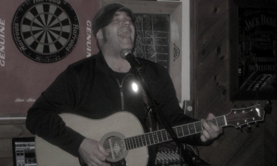 Matt - Solo @ Penuches - Concord, NH - 10/4/2012
